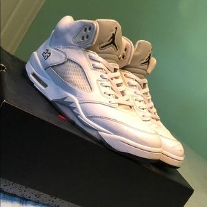 Jordan Retro 5 Metallic White